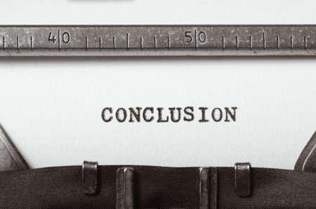 word conclusion typed on old typewriter Standard-Bild