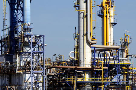 chemical plant: Industrial facilities in a chemical plant