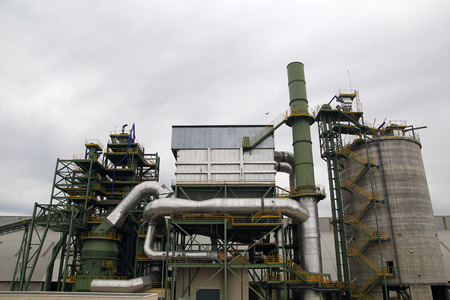 gasoil: Industrial facilities in a chemical plant