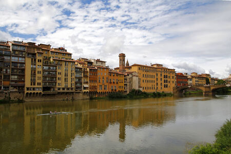 firenze: City view of Firenze, in the river Arno Stock Photo