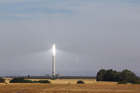 Solar tower for power generation
