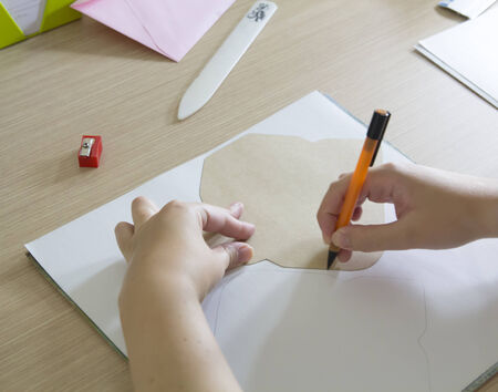 delineate: Drawing in paper with a template, handmade
