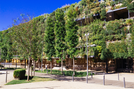 Green building, of sustainable architecture
