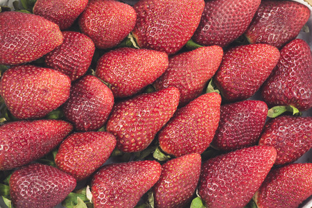 diagonal: Strawberries in a diagonal composition