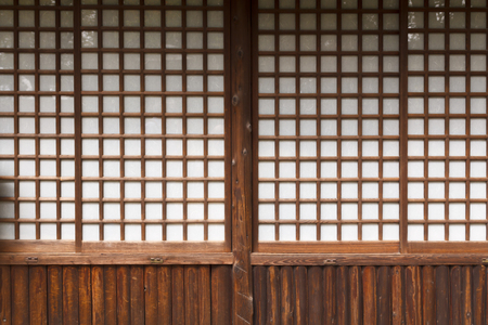 Typical japanese door in paper and wood Banque d'images