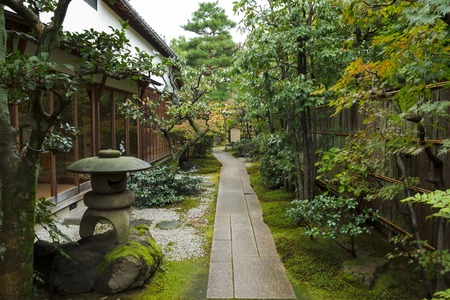 Japanese traditional zen garden in a house Banque d'images