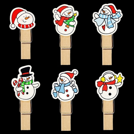 bedeck: Snow man badge on wooden clothespin