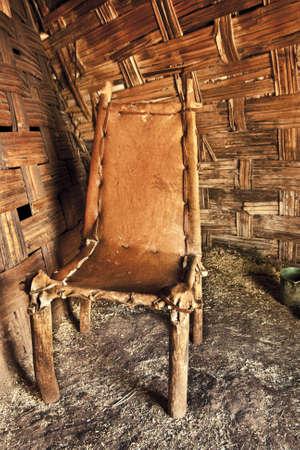 hut chair