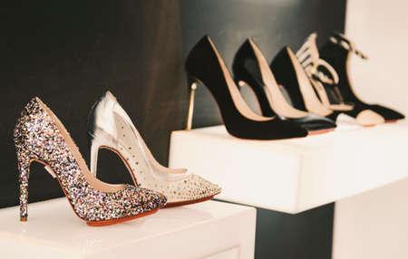 Kobiety luksusowe buty