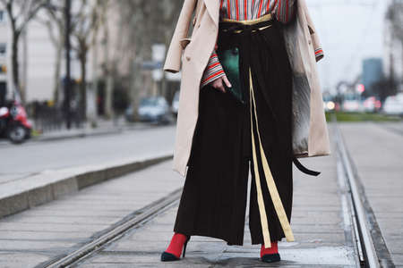 Paris, France - March 01, 2019: Street style outfit -   after a fashion show during Paris Fashion Week - PFWFW19 Publikacyjne