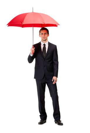 uomo sotto la pioggia: Ritratto di lunghezza completa di uomo d'affari con l'ombrello aperto, isolato su bianco