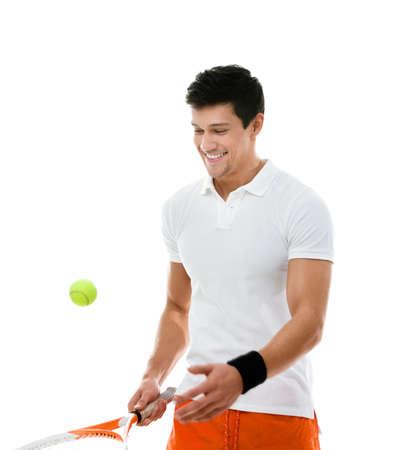 jugando tenis: Atleta Deportivo jugando al tenis, aislado en blanco