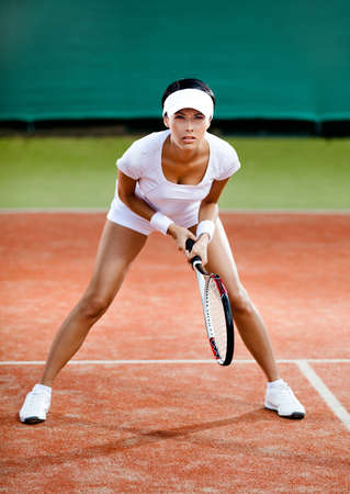 Tennis competition. Female player at the clay tennis court Stockfoto