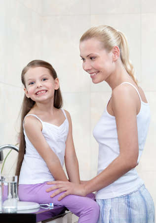 Mummy and daughter are in bathroom Stock Photo - 17457873