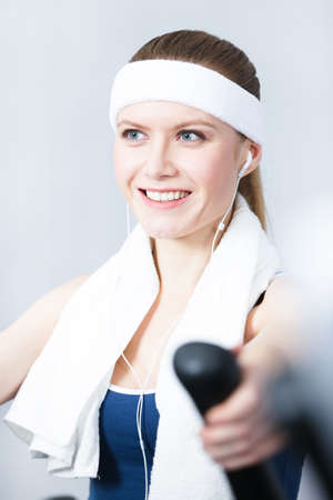 sportive: Young sportive woman training on gym training in gym