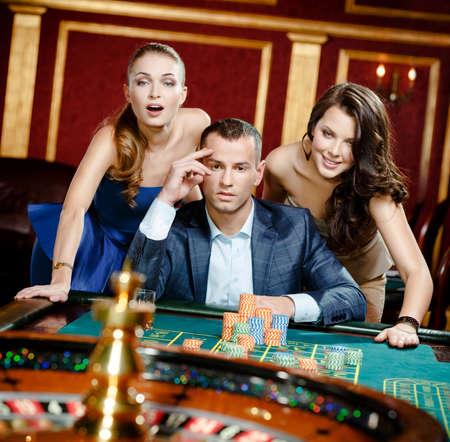 Открываем казино онлайн на зарубежном хостинге пошаговая инструкция играли в карты на кунилингус