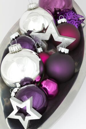 'yule tide': Bowl with Christmas ball ornaments and stars in silver and purple