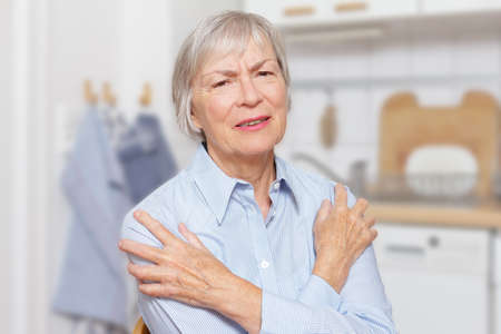 Polymyalgia rheumatica: elderly woman with acute pain in her upper arms and shoulders.