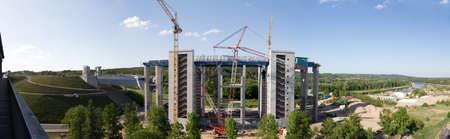 poleas: Panorama de la obra de construcci�n del nuevo elevador de barcos en Niederfinow