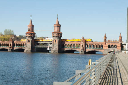 treptow: Oberbaum bridge with S-Bahn, which runs just over