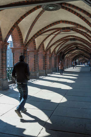 Transition below the Oberbaum bridge