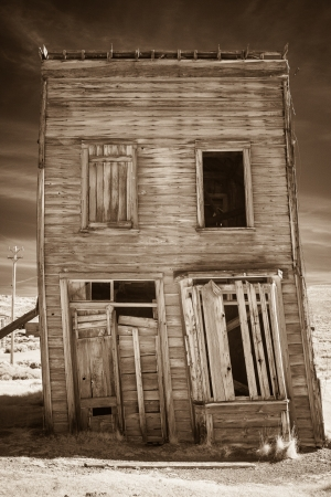 western united states: Worn down old building in a high desert ghost town  Stock Photo