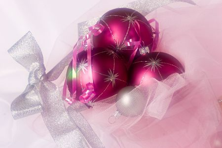 lacet: Christmas still life with balls, use soft filter