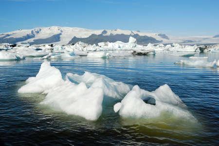 ice floe: Icebergs floating in Jokulsarlon glacier lake, Iceland