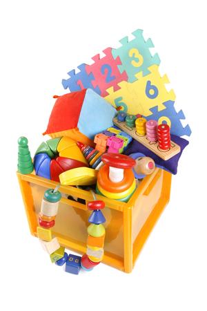 Doos met zeer veel speelgoed