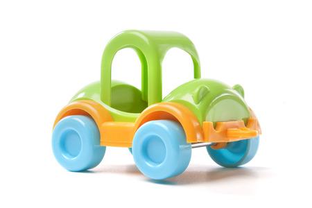 speelgoed auto op witte achtergrond