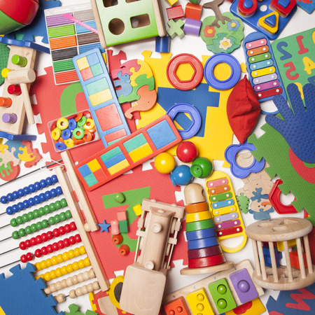 heel veel kinderen speelgoed