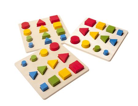 juguetes de madera: Clasificador niño juguete en el blanco