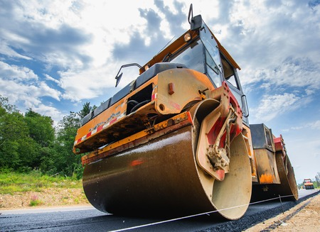 construction vibroroller: New road construction paving asphalt repair vehicle