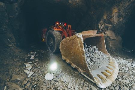 Mineração de ouro no subsolo