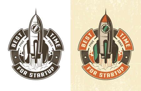Retro embleem raket opstijgt in een cirkelvormig lint met de inscriptie is de beste tijd voor een startup. Versleten textuur op een aparte laag en kan eenvoudig worden uitgeschakeld. Stock Illustratie