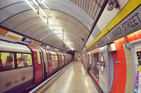 train station: Tube