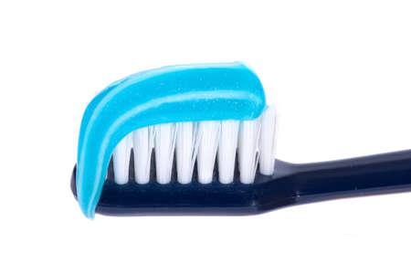 pasta dental: cepillo de dientes con pasta, foto en el fondo blanco