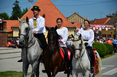 gathered: Croatia.Djakovo. 6th July, 2014. Last day and procession of international folklore festival Embroideries of akovo which takes place every year in July gathered a large number of participants and visitors.