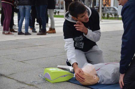 knowing: Osijek, Croatia. 25th Oct, 2014. Animate me is a public health campaign to raise awareness of the importance of knowing CPR, Cardiopulmonary resuscitation.