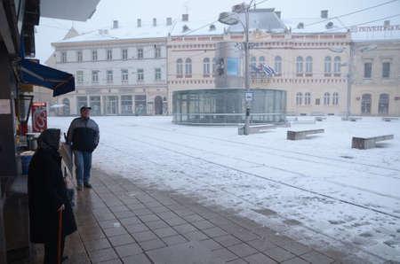 snow falls: Osijek, Croatia. 28th Dec, 2014. Croatian Weather: Heavy snow falls in Osijek city