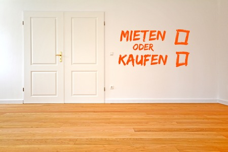 wooden floors: To rent an apartment or buy Living room with parquet wooden floors after renovation