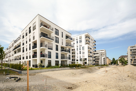 Construction site with new apartment buildings - modern residential houses Banque d'images