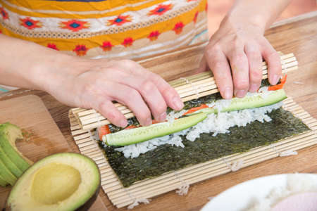 cooking roll sushi 版權商用圖片