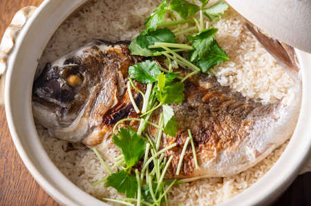 Taimeshi, japanese sea bream miced rice in clay pot