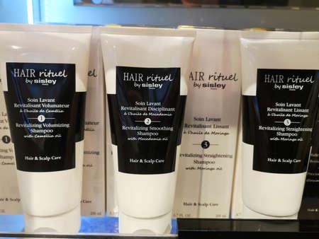 Restoring Shampoo for Volume with Oil Camelia Hair Rituel by Sisley at Perfume and Cosmetics Store on February 20, 2020 in Russia, Tatarstan, Kazan, Pushkin Street 2. 新聞圖片