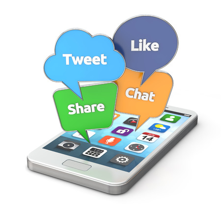 medios de informaci�n: smartphone con coloridas del discurso social media burbujas aisladas fondo blanco con trazado de recorte Foto de archivo