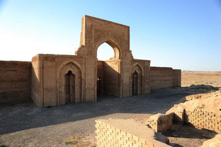 Ribati Sherif Caravanserai is located in Iran's Razavi Khorasan province. Ribati Sherif Caravanserai was built in the 12th century during the Great Seljuk period. Caravanserai is made of brick. Sajtókép