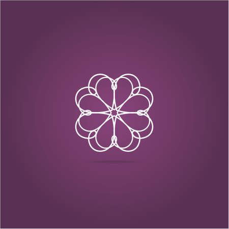 Heart logo design icon, luxury jewelry vector illustration. Expensive floral diamond icon. Banque d'images - 140817425