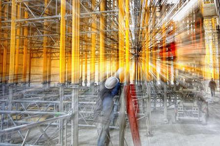 acier: �chafaudage sur un chantier Banque d'images