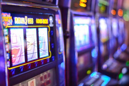 Slot machines and gambling addiction in Las Vegas Zdjęcie Seryjne - 73593553